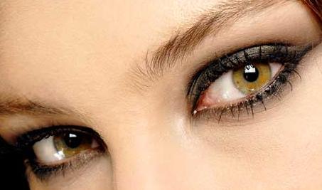 Makeup-for-Hazel-Eyes