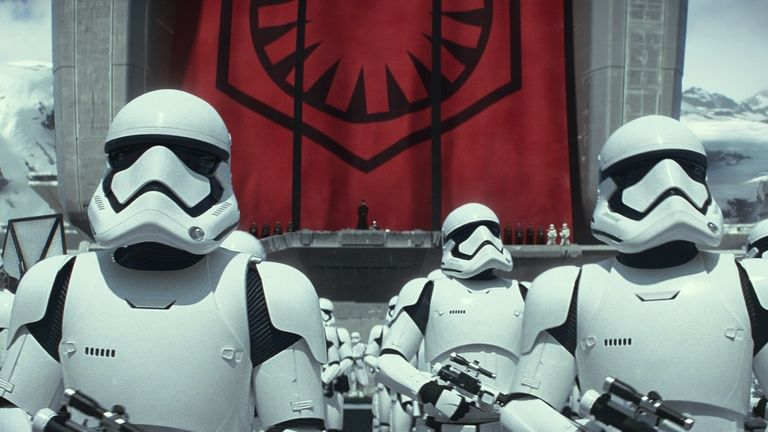 Star-Wars-Episode-VII-–-The-Force-Awakens