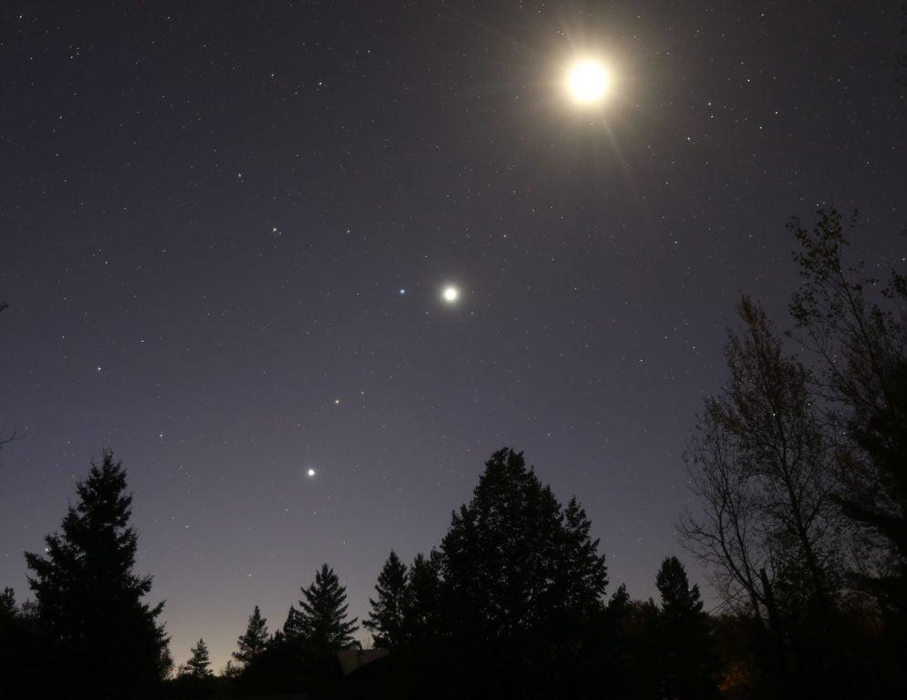 Jupiter, Marte şi Venus