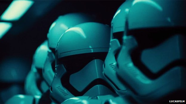 Star Wars Episode VII - The Force Awakens storm trooper gadgetreport.ro