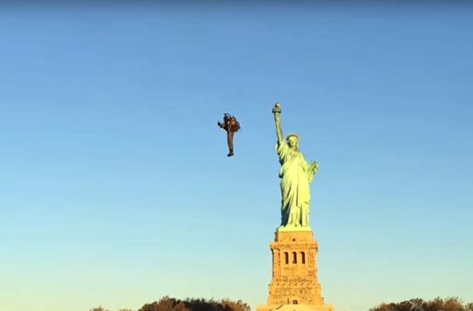 David-Mayman-jetpack-statuia-libertatii